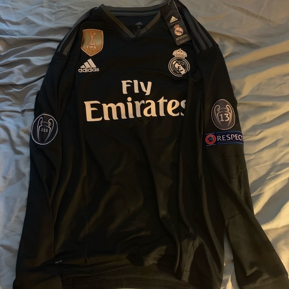 newest 9d2dc b93a8 Real Madrid away long sleeve jersey large NWT